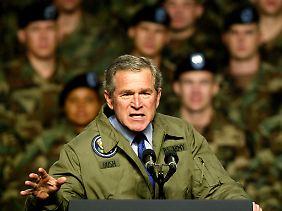 Freund oder Feind? Kriegspräsident Bush.