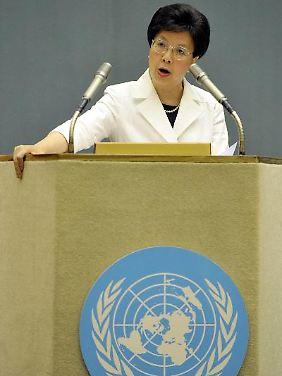 WHO-Direktorin Magaret Chan klagt die Lebensmittel- und Tabakindustrie an