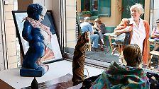 Prominenten-Wäsche ausgestellt: Bizarres in Brüssel
