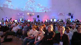 Insgesamt ließen sich rund 9000 Interessierte vor Ort beraten. Die Webseite online-motor-deutschland.de wurde über 500.000 Mal besucht.