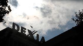 Die Wolken über Dexia werden dunkler.