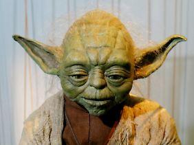 """Jedi-Meister Yoda aus dem Film """"Star Wars"""" würde """"Steine sie werfen"""" sagen, und damit einem extrem seltenen Satzbau folgen."""