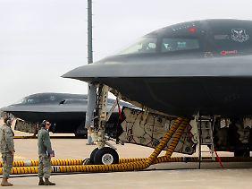 """Außerhalb der USA aus militärstrategischen Gründen praktisch unverkäuflich: Im internationalen Geschäft bleiben die Stealth-Bomber vom Typ """"B-2"""" für Northrop Grumman gezwungenermaßen ein echter Ladenhüter."""