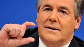Politiker fordern Banken-Neuordnung: Ackermann soll bescheidener sein