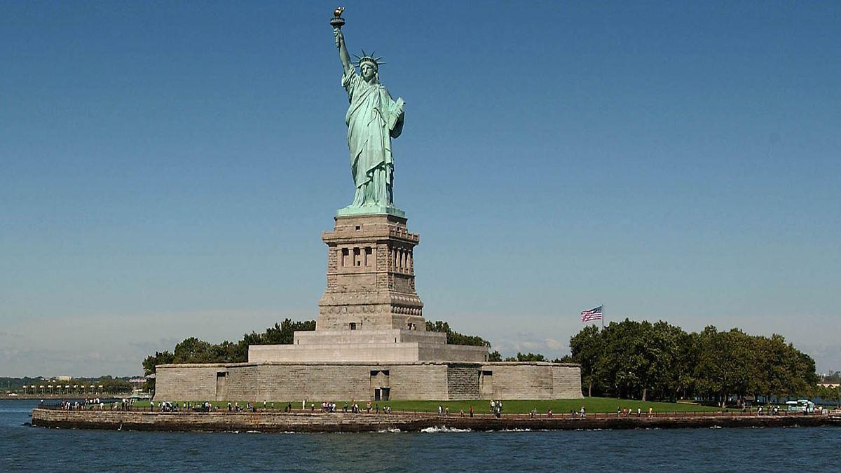 Wahrzeichen New Yorks Symbol Der Usa Die Freiheitsstatue