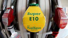Innerhalb der nächsten Tage will Shell den Super-Kraftstoff mit zehn Prozent Ethanol auch an jenen Stationen im Westen und Norden Deutschlands verkaufen, die E10 bislang nicht im Angebot hatten.
