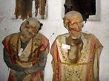 Die meisten der fast 2000 Mumien im Kapuzinerkloster von Palermo tragen noch ihre Kleider - und sind unterschiedlich stark verwest.