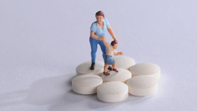 Trend zur Pille: Immer mehr Kinder und Jugendliche nehmen Psychopharmaka. Die Anzahl hat sich teilweise mehr als verdoppelt-