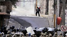 Obwohl es seit dem Sturz Zelayas fast täglich Proteste gibt, ist es dabei nur wenige Male zu gewaltsamen Ausschreitungen gekommen.