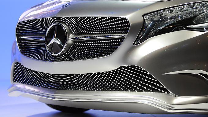 Breites Grinsen in der Front: Die Autohersteller wollen von einer Krise nichts wissen.