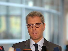 Norbert Röttgen will mehr Müll einsammeln.