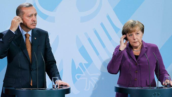 Teilweise reden Merkel und Erdogan aneinander vorbei.