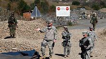 US-amerikanische KFOR-Soldaten am Grenzübergang Jarinje.