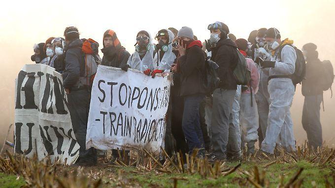Ausschreitungen in Frankreich: Atommüll rollt Richtung Deutschland