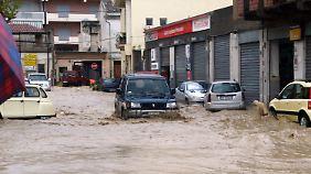 Überschwemmung auf Sizilien (22. November 2011).