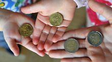Enkel kann Erspartes behalten: Amt darf kein Taschengeld abgreifen