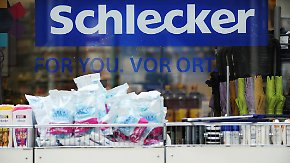 Entlassungen befürchtet: Schlecker schließt weitere Filialen