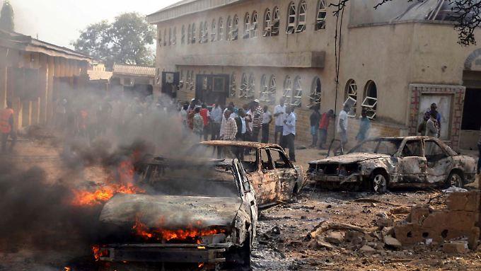 Vor der katholischen Kirche St. Theresa in Mandalla explodierte ein Sprengsatz.