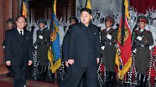 Stück für Stück festigt Thronfolger Kim Jong seine Macht.