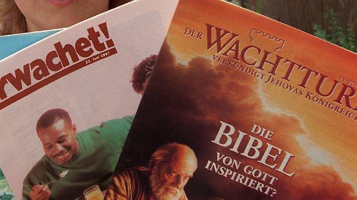 """Der """"Wachtturm"""" soll eine extremistische Zeitung sein."""