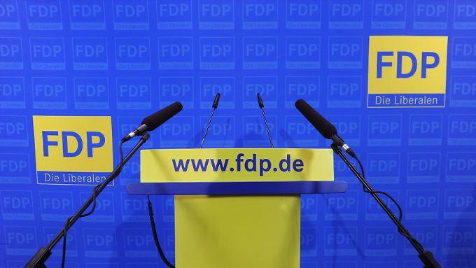Die FDP ist im freien Fall, gemessen an Mitgliederzahl und Zustimmung.