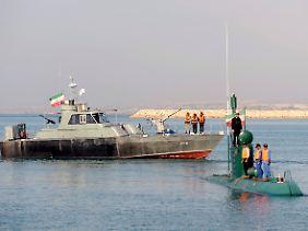 Nicht die stärkste Seite des Iran: Auf hoher See muss sich Teherans Marine auf Drohgebäden beschränken.