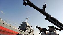 Seit Tagen übt die iranische Marine im Persischen Golf.