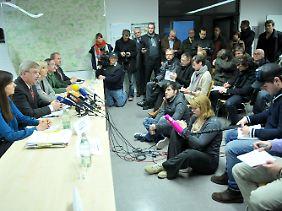 Bayerns Justizministerin Beate Merk (CSU) verteidigt die bestehenden Sicherheitsmaßnahmen in Amtsgerichten.