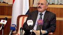 Saleh bei seiner Medienansprache kurz vor der Abreise. Wann er das Land verlassen würde, erwähnte es in der Rede nicht.