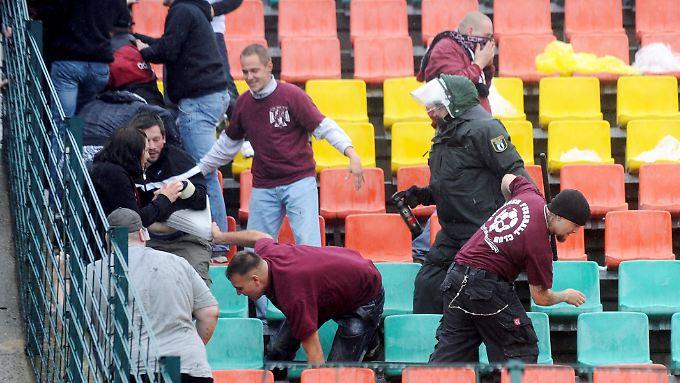 Gewalt in Fußballstadien: Task Force soll den Dialog suchen