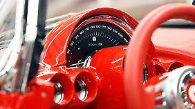 Aufgepeppt wurden auch die Armaturen der Corvette.