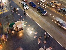 """Ein Blick auf den """"Walk of Fame"""" vorm Kodak-Theater."""