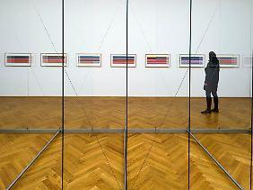 """""""Stripes - Streifen"""" (2011) im neu gestalteten Gerhard Richter Raum im Albertinum in Dresden."""