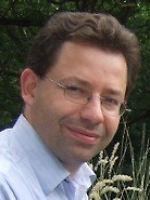 Dr. Georg Feulner ist Astrophysiker im Forschungsbereich Erdsystemanalyse am Potsdam-Institut für Klimafolgenforschung.