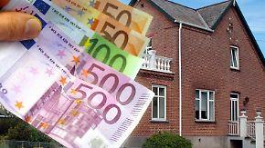 Gute Zeiten für Bauherren und Wohnungskäufer: Die Banken bieten immer häufiger eine lange Zinsbindung für Hypothekendarlehen an. (Foto: Jens Schierenbeck)