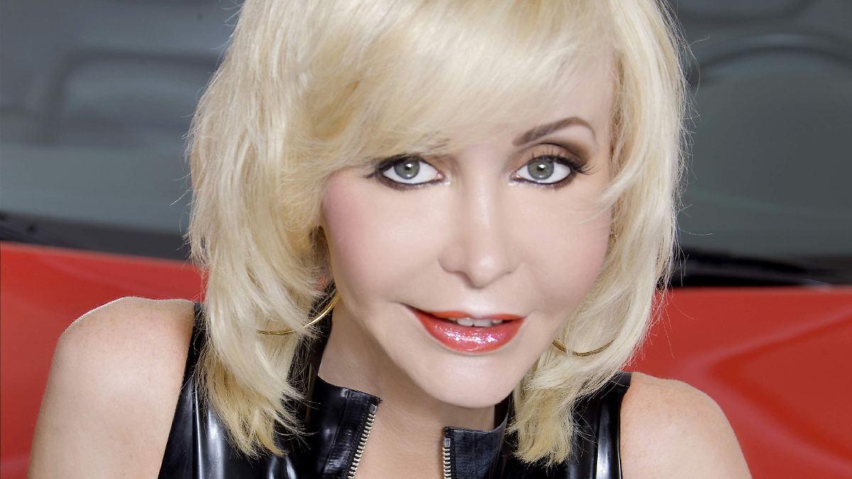 Pornos will sie nicht mehr drehen: Dolly Buster wird