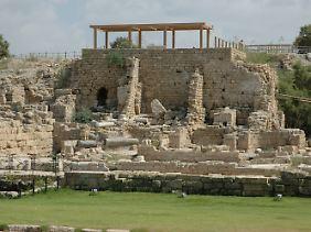 Ausgrabungen im Hafen von Caesarea.