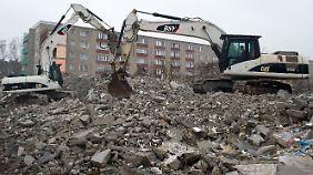 Viele Plattenbauten stehen leer und werden abgerissen.