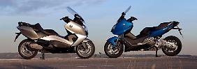 BMW bietet gleich zwei Modellvarianten des Rollers an.