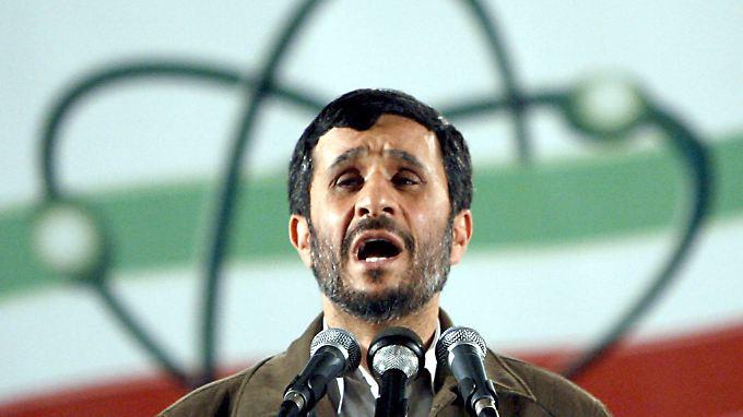 Unbeeindruckt von den Öl-Sanktionen: Ahmadinedschad.