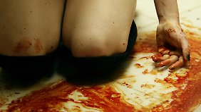 Ein Quija-Brett reicht nicht, der Teufel benötigt Blut.