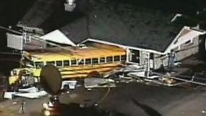 Im letzten Augenblick: Busfahrerin rettet Kinder vor Tornado
