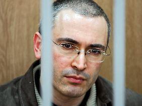 Vier Jahre muss der Kremlkritiker und frühere Ölunternehmer Chodorkowski noch hinter Gittern fristen.