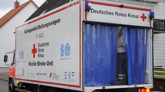 In wenigen Minuten können diese Spezialrettungswagen Schlaganfallpatienten in Berlin und Homburg erreichen.