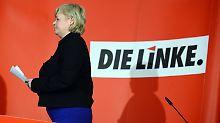 Gesine Lötzsch hat den Posten aus privaten Grünen hingeschmissen.