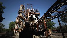 Noch immer steht die ehemalige Union-Carbide-Anlage in der zentralindischen Stadt - wenn auch außer Betrieb.