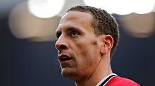Mit Rio Ferdinand fehlt England eine wichtige Abwehrsäule. Warum, bleibt unklar.