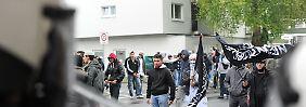Salafisten bei einer Demonstration.