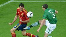 Nur knappe Führung zur Pause: Spanier lassen Iren laufen