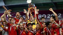 Europameister 2008, Weltmeister 2010, Europameister 2012: Spanien hat in Kiew Fußballgeschichte geschrieben.